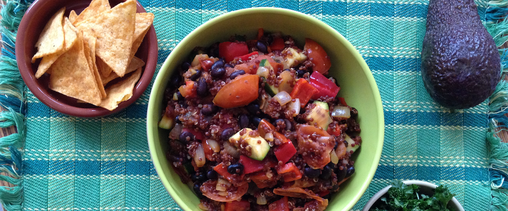 Spicy Black Bean Quinoa Chili