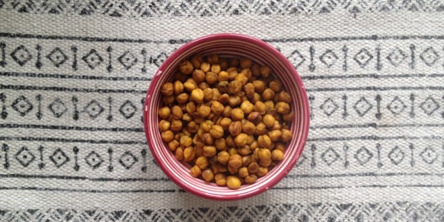Indian Spiced Roasted Chickpeas